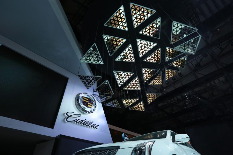 2013_LIVING SCULPTURE_Cadillac_002