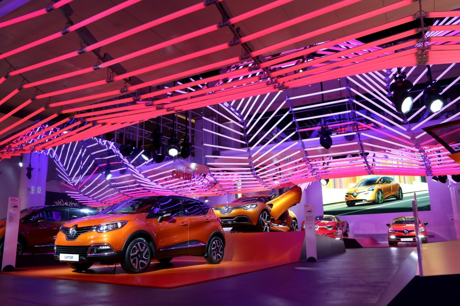 Kinetic Lights-Renault-Color Manifesto-001