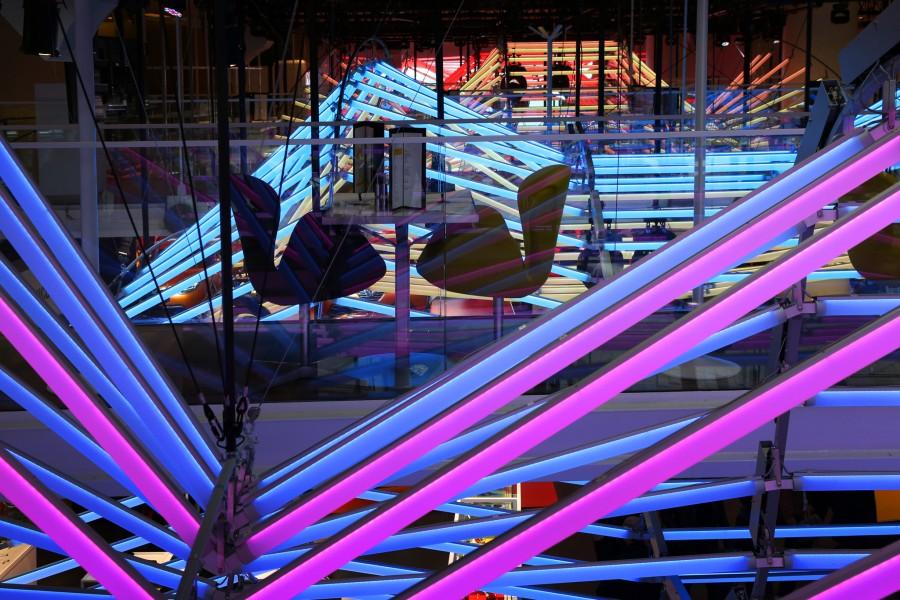 Kinetic Lights-Renault-Color Manifesto-011