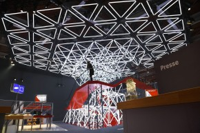 WHITEvoid-Vodafone-CeBIT-2014-01