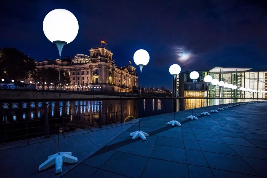 Kinetic Lights-Lichtgrenze-Balloon Light-001