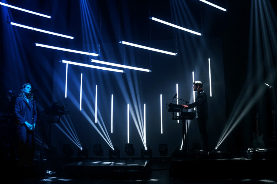 Christine and the Queens-Kinetic Lights-Wave-00