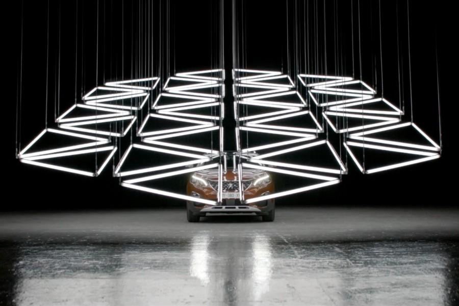 GRID-Peugeot 3008-Kinetic Lights-02