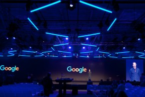 HEXAGON-Google-Kinetic Lights-01