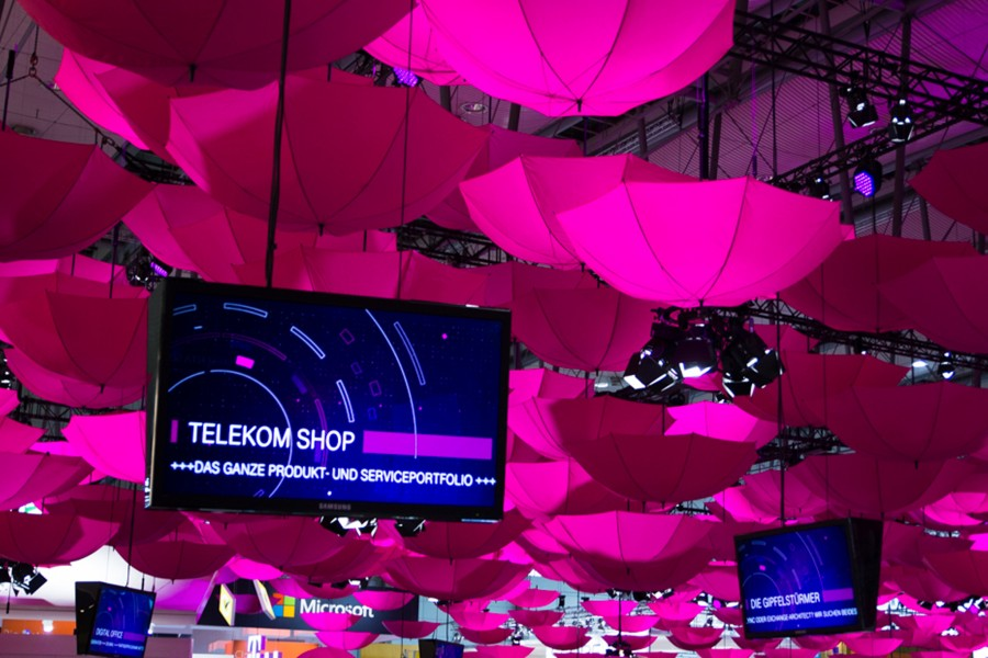Kinetic Lights_telekom_cebit_winch wire_06