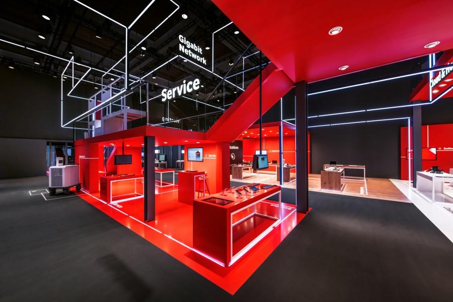 PIXEL NETWORK_Kinetic Lights_Vodafone_04